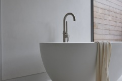 10-Guest-Studio-Bathroom-Bain-Ultra-tub